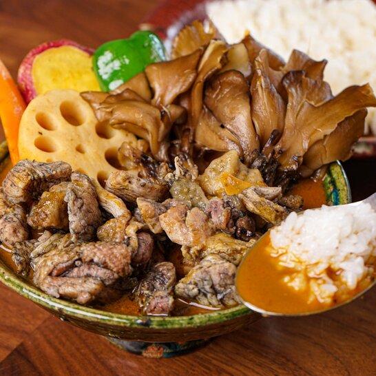 【数量限定!残り2個!】本気の炭火焼鶏と海老だしスープカレーの南北最強タッグカレー(600g×2)