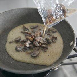 とかちマッシュとパンチェッタのクリームソース トリュフの香り(パスタソース)