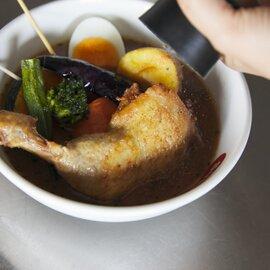 冷凍すあげスープ2パック(4人前)入り〈特製辛味スパイス2袋付き〉